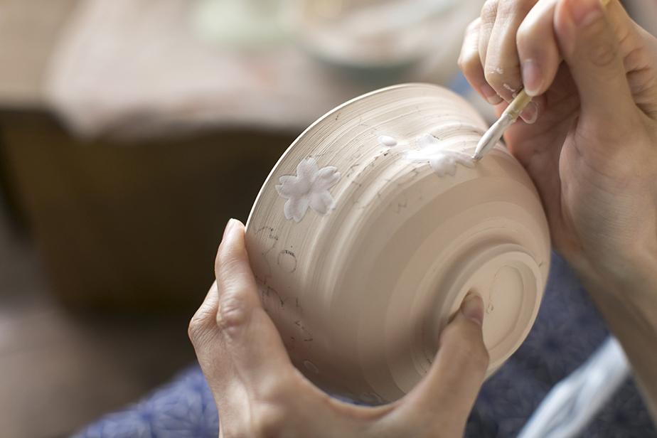 琳派の流れを汲む尾形乾山もよく使っていた「白い化粧土」