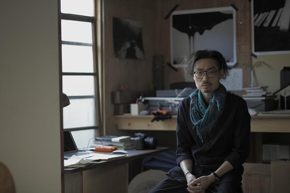 ヤン・カレン(殷家樑)|1981年 香港生まれ、香港を拠点に活動。2016年「KG+ AWARD」を受賞し、「KYOTOGRAPHIE 京都国際写真祭 2017」にて展示を行う。 http://www.yankallen.com