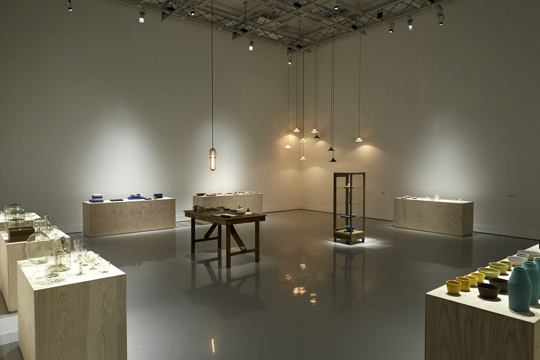 資生堂ギャラリー「そばにいる工芸」/ 撮影 白石和弘